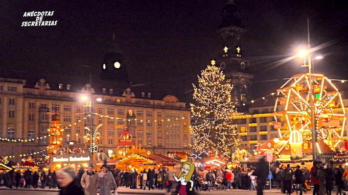 Dresdner Striezelmarkt panoramica 3