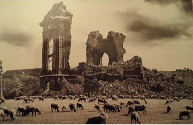 Frauenskirche Dresden Sajonia ruinas bombardeo