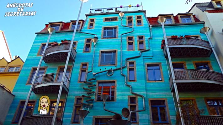 Kunsthofpassage fachada azul